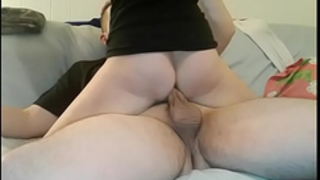 Amateur girlfriend in socks fuck hard on the sofa and receive giant creampie