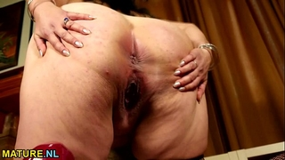 Big breasted american wife fingering herself