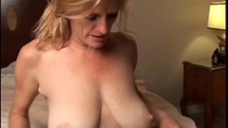 Slutty mature chick is a super sexy fuck and can't live without facual cumshots