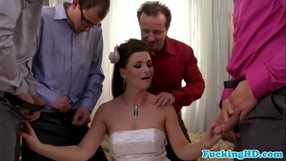 Bukkake loving euro bride sucks five jocks