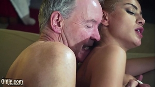 Old fellow dominated by hawt hawt chick in old juvenile femdom hardcore fucking